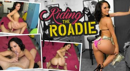 WankzVR – Riding the Roadie