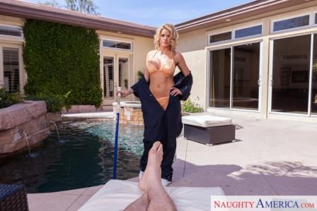 NaughtyamericaVR – Wet Kitty